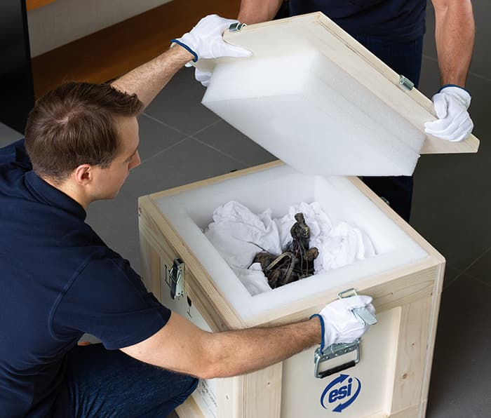 group-esi-emballage-sur-mesure-oeuvre-art-scultpure-antiquité-objets-fragiles